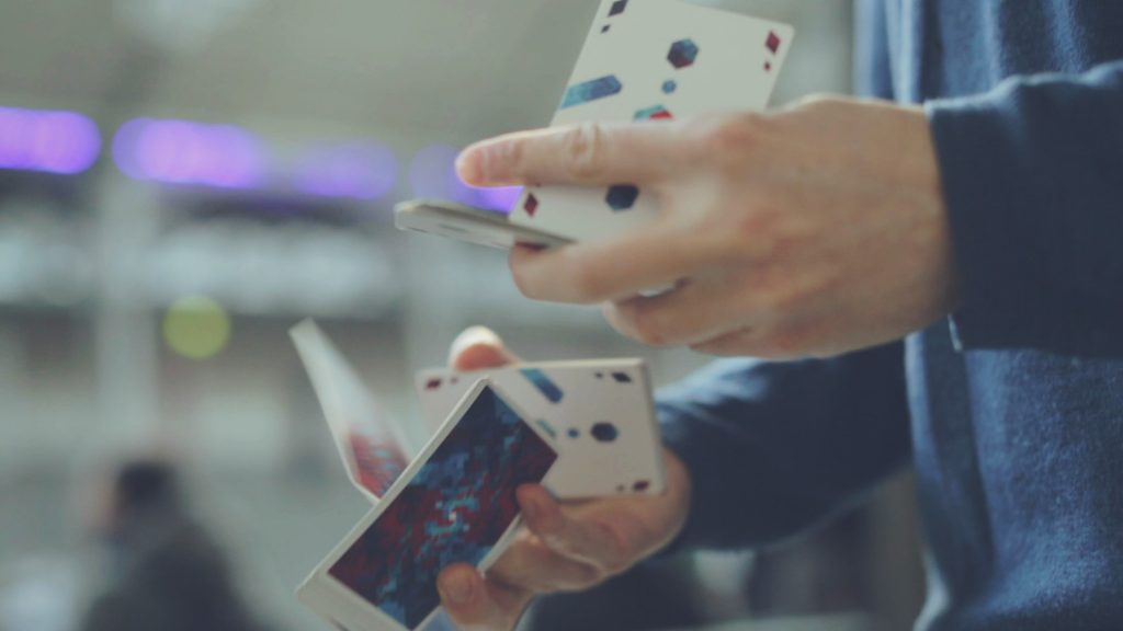Cardistry Tutorial - MTH EP - gallery - Lazy Suzy