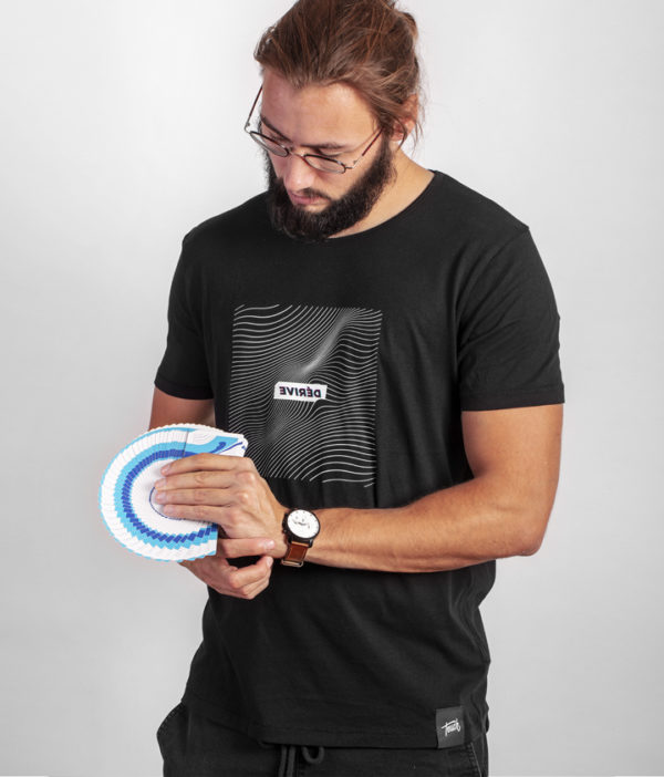 Cardistry Apparel - Dérive Black T-Shirt - Thumb fan